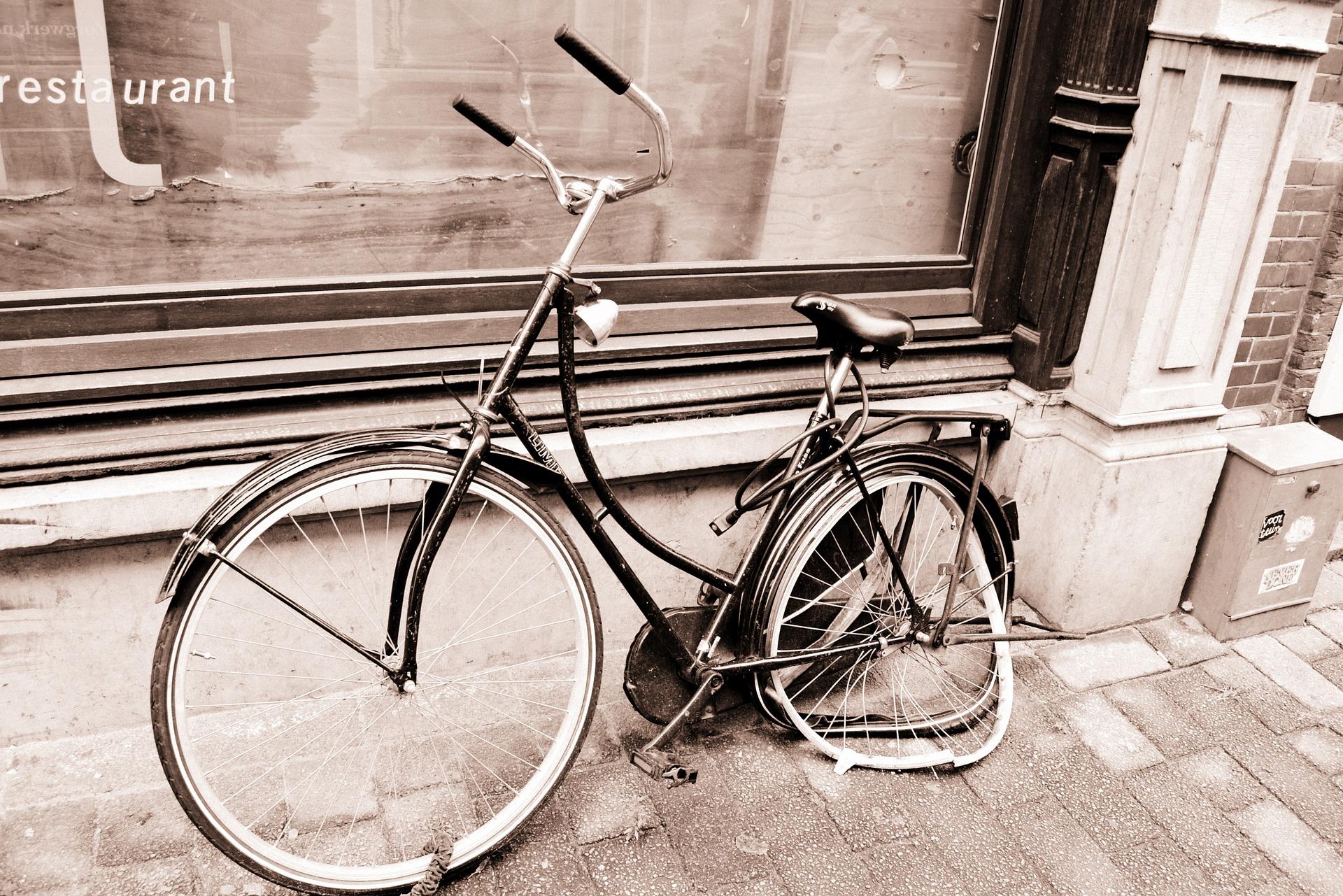 bike-1227145_1920
