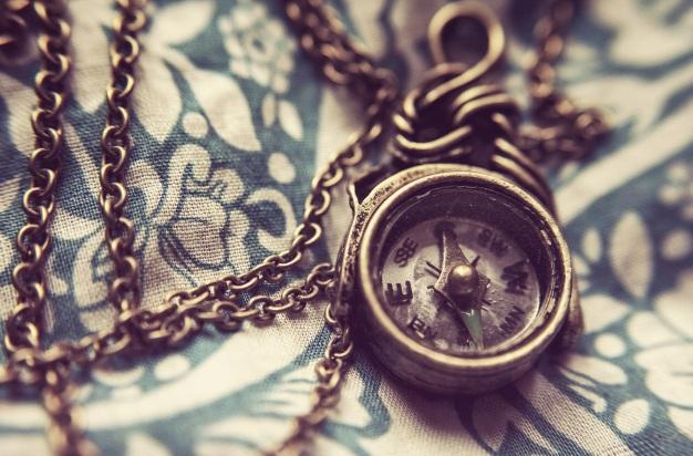 compass-801763.jpg