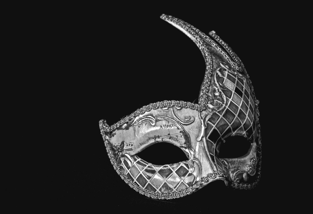 mask-1161392_1920