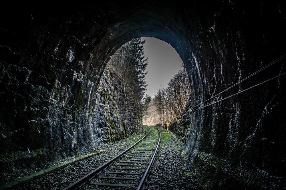 railway-731591_1920.jpg