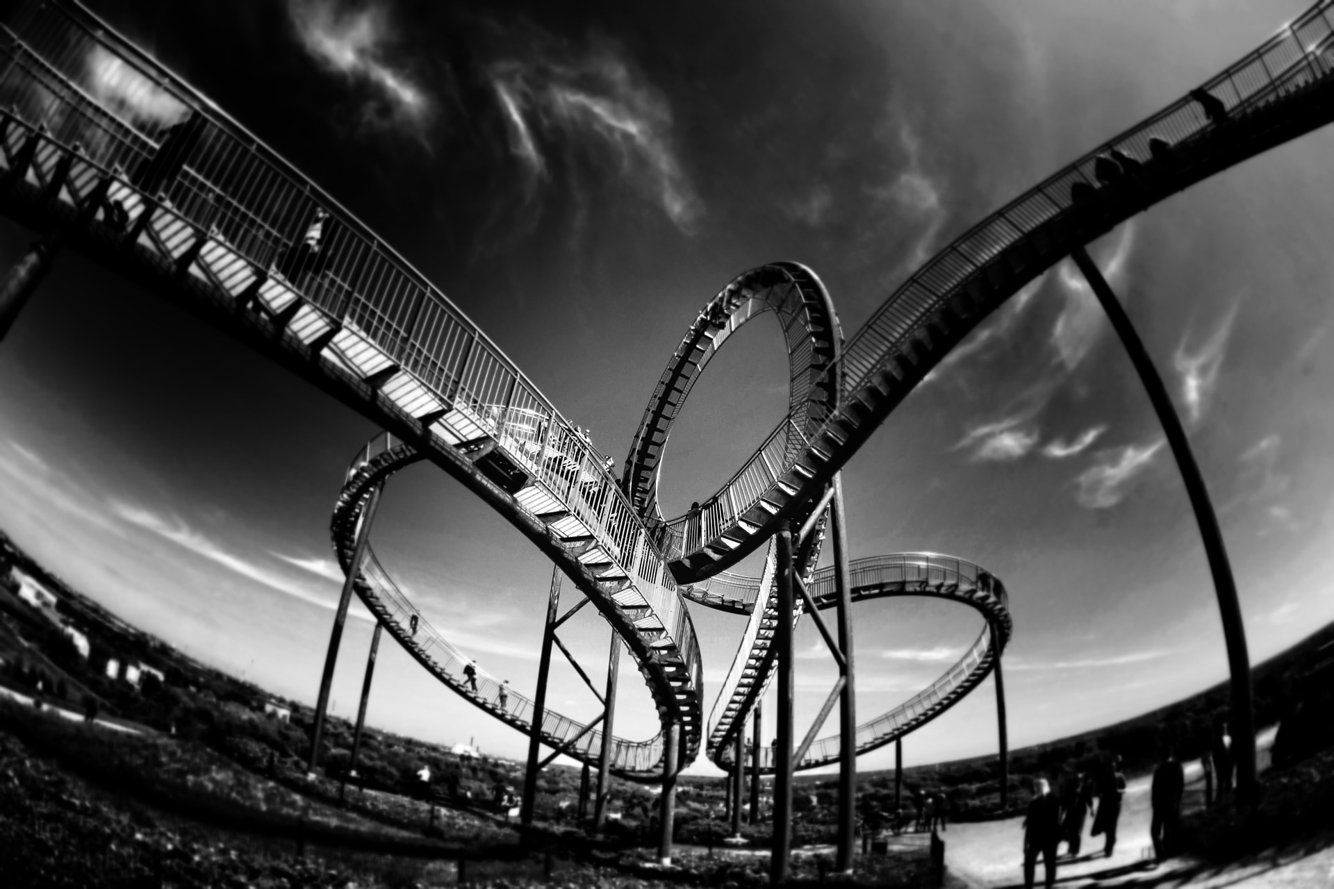 rollercoaster-801833_1920