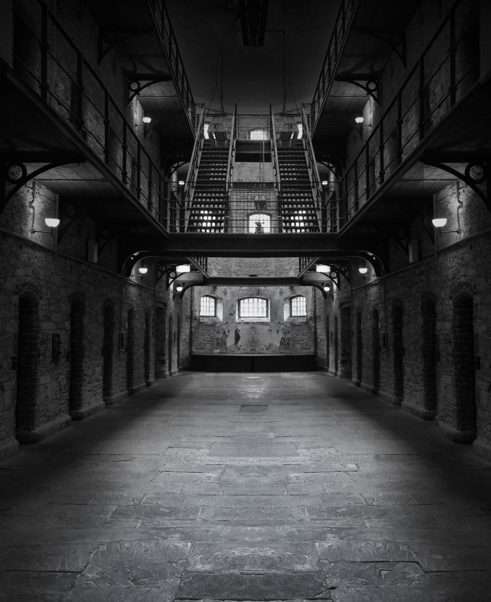 prison-1331203_1920