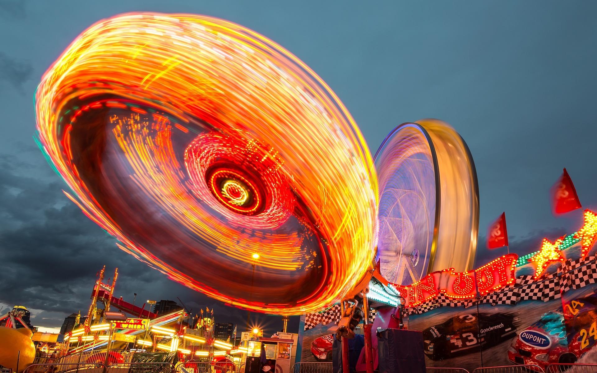 fairground-1149626_1920